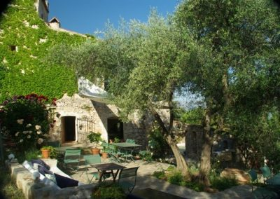 The Terrace In Summer 600x399 1