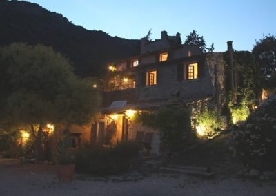 Twilight At La Parare 600x400 1